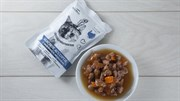 Полноценный корм для кошек Мясное ассорти с индейкой и морковью